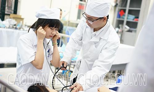 Sau khi tốt nghiệp Cao đẳng Điều dưỡng, sẽ làm công việc gì?