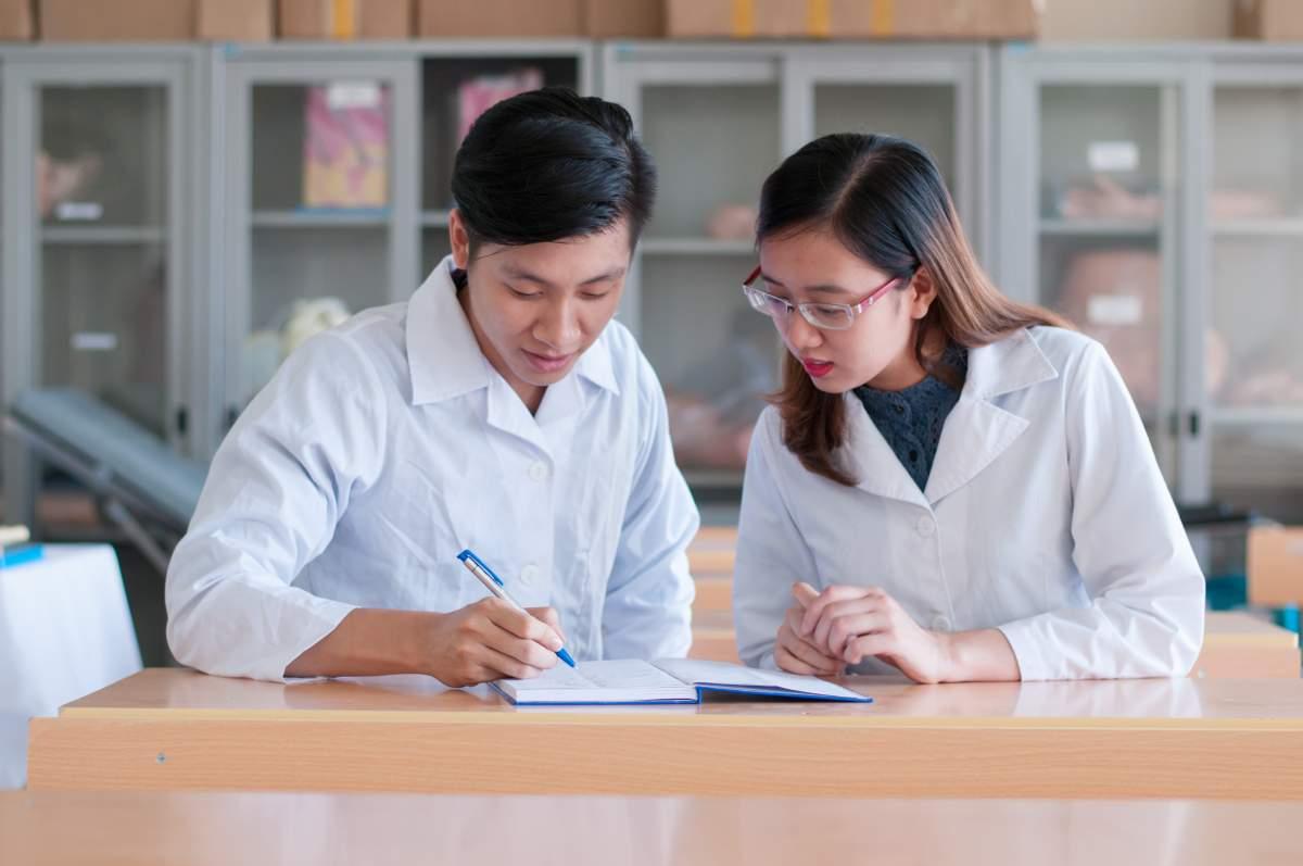 Trường Cao đẳng Y Dược Pasteur đào tạo mô hình đào tạo Lý thuyết – Thực hành