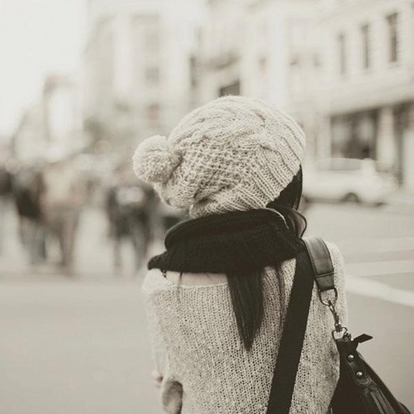 Trời lạnh giá rét cô gái Ế ngành Y biết tìm chỗ dựa vào đâu?