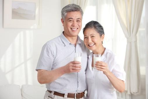 Nâng cao sức khỏe người cao tuổi là vô cùng quan trọng