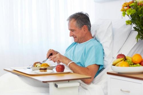 Dinh dưỡng có vai trò quan trọng trong điều trị bệnh