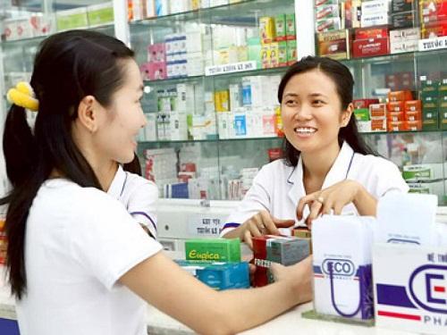 Ngành Dược: tối thiểu 2 tiến sỹ các chuyên môn các cơ sở ngành Dược